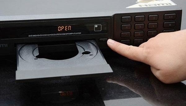 đầu DVD không mở được khay đựng đĩa