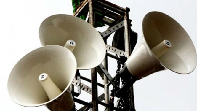 Loa phát thanh gây ồn