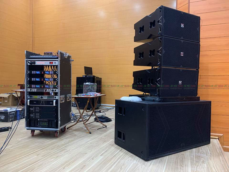 Hệ thống loa array phù hợp với hội trường và mục đích sử dụng trong hội trường