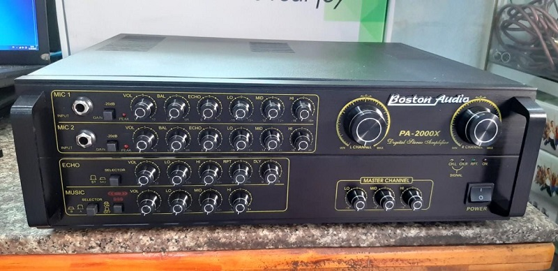 Amply karaoke Boston Audio chất lượng cũng rất cao