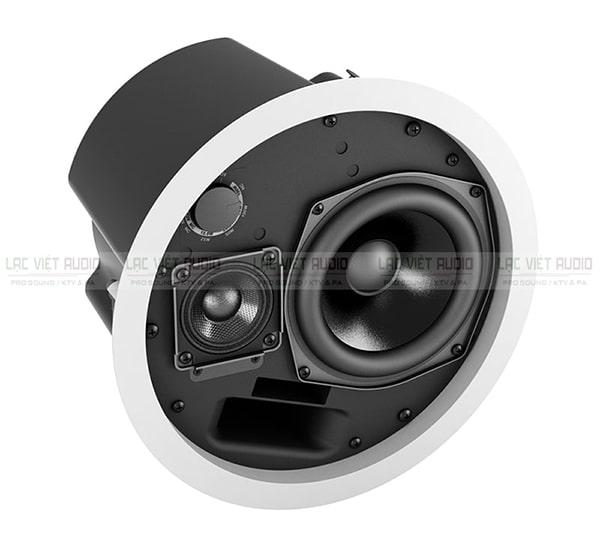 Loa âm trần DS 100F được đánh giá cao về khả năng tái tạo âm thanh