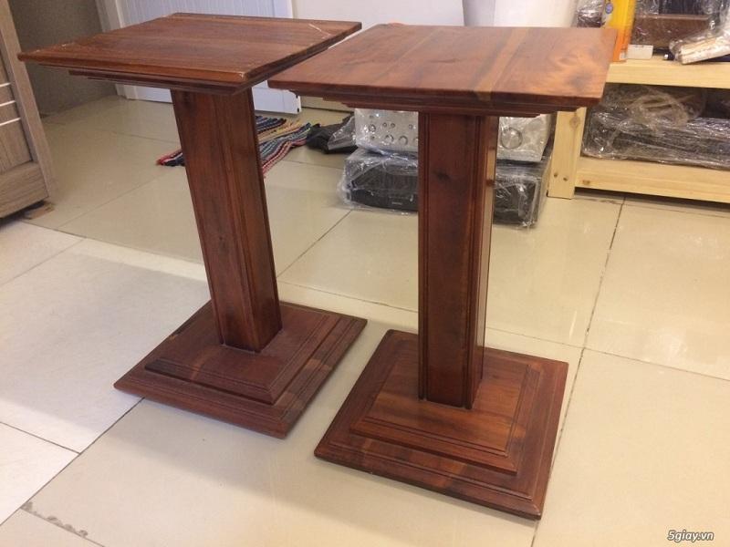Chân loa gỗ đẹp thường được làm bằng gỗ thông