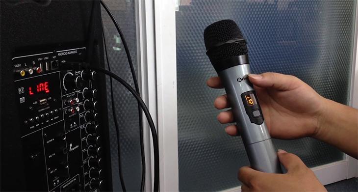 Chỉnh micro là cách đơn giản nhất giúp mic hát được nhẹ