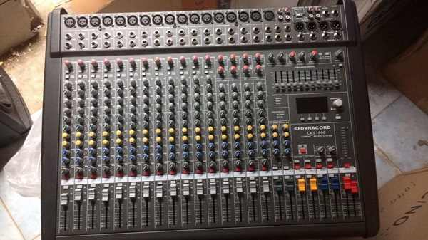 Bàn mixer Dynacord CMS1600 tại Lạc Việt Audio