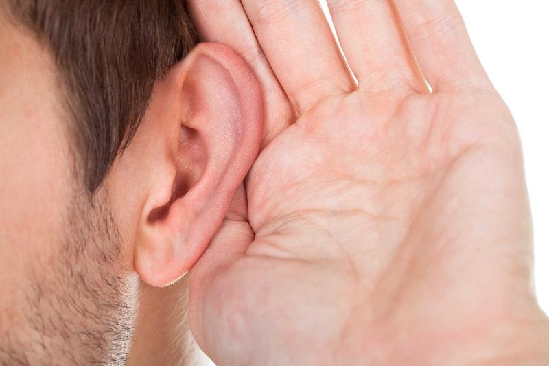 Giảm thính giác khi nghe nhạc đi ngủ không đúng cách