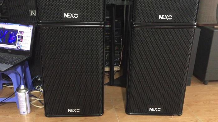 Lạc Việt Audio đang chỉnh loa Nexo PS 12 cho khách hàng