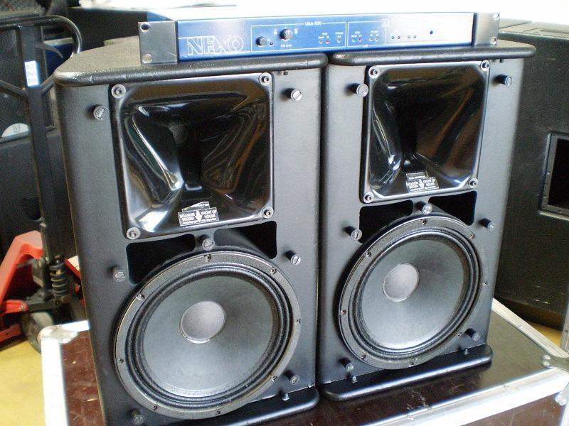 Loa nexo được kết hợp cùng vang số Nexo trong dàn âm thanh chuyên nghiệp