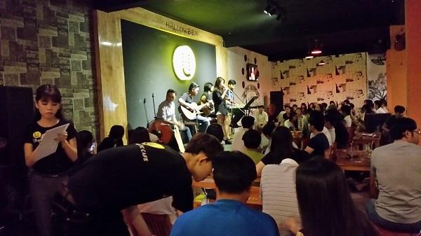 Một quán Acoustic tại Hà Nội