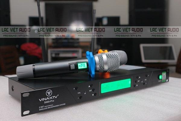Micro không dây VinaKTV là một thương hiệu âm thanh nổi tiếng tại Việt Nam