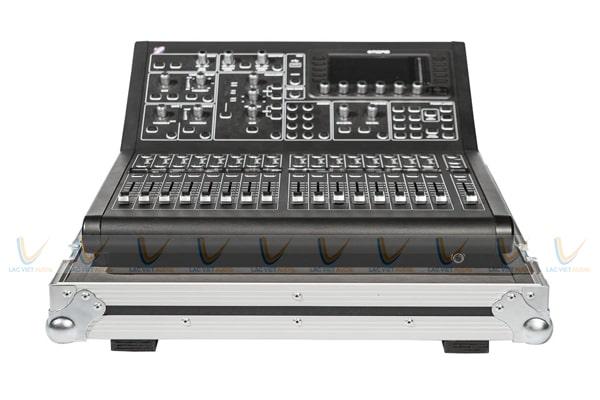 Thanh lý mixer karaoke cũ Midas M32R: 1.900.000 VNĐ