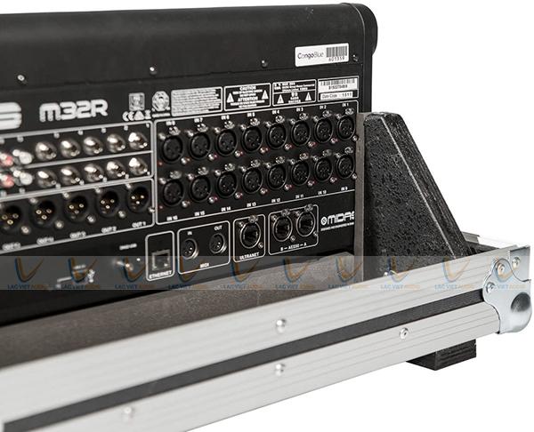 Hệ thống kết nối linh hoạt, chất lượng âm thanh ổn định
