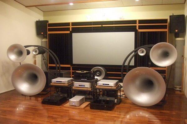 Những thương hiệu âm thanh được số đông các Audiophile tin dùng