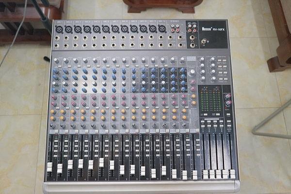 Một số thương hiệu bàn mixer khác chất lượng tốt đáng mua