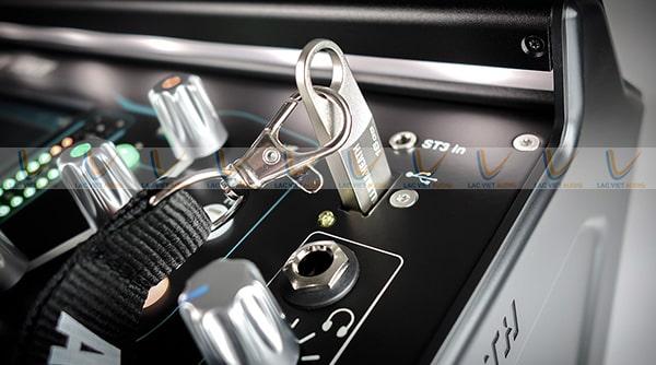 Mixer Allen & Heath SQ7 được tích hợp SQ Drive