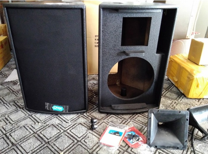 Vỏ thùng loa bass 30 cho loa karaoke DMX. Giá 1.450.000đ