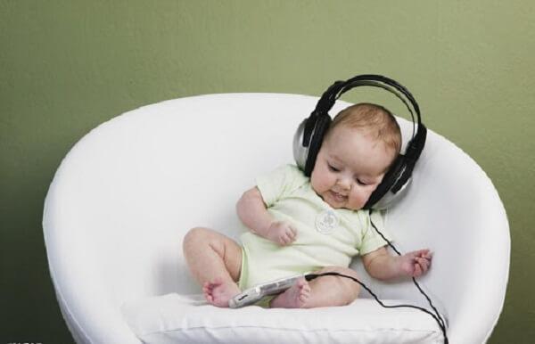 Vai trò của âm nhạc đối với trẻ sơ sinh