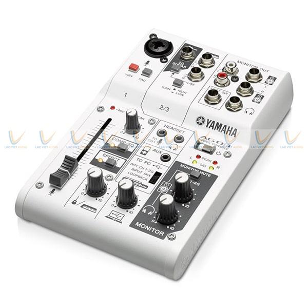 Bàn Mixer mini Yamaha AG03
