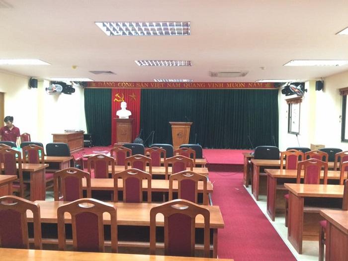 Một phòng hội thảo diện tích 220m2 với hệ thống âm thanh hội thảo chuyên nghiệp