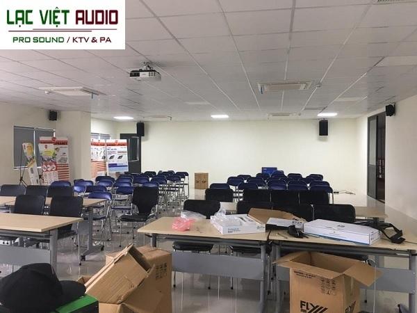 Lắp đặt dàn âm thanh cho phòng hội thảo công ty Việt Thành Phát