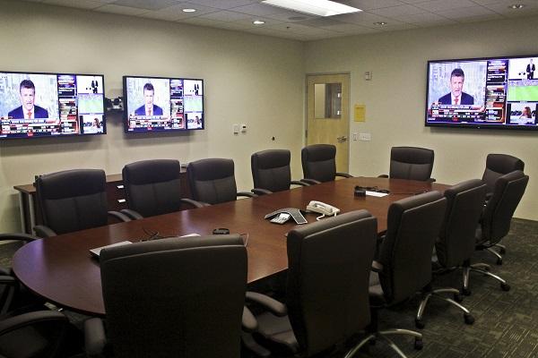 Âm thanh phòng họp hội nghị trực tuyến