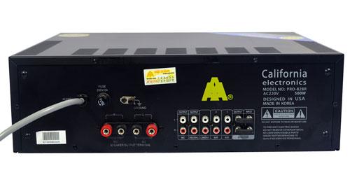 Mặt sau chiếc amply karaoke california PRO 828R
