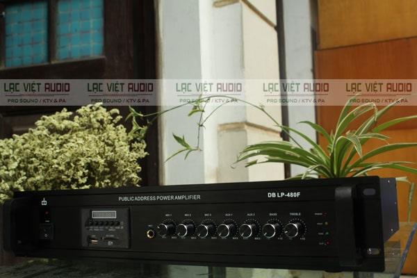 Amply cho loa phóng thanh có chức năng khuếch đại và xử lý tín hiệu âm thanh