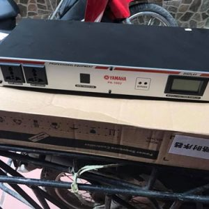 Auto nguồn 8 cổng Yamaha PA-1002