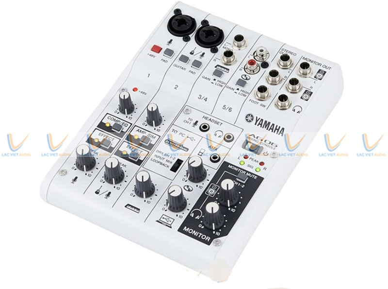 Bàn mixer livestream Yamaha AG06