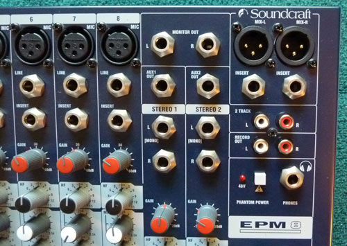 Thiết kế chuyên nghiệp mixer soundcraft EPM 8