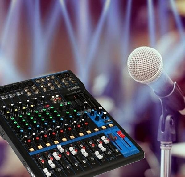 Bàn mixer Yamaha