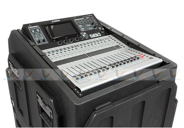 Mixer kỹ thuật số Yamaha TF1