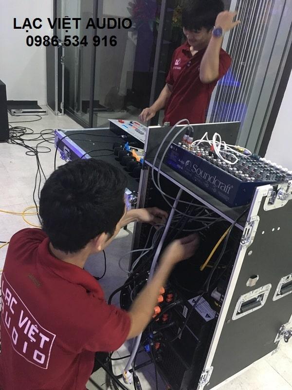 Các thiết bị bị âm thanh chuyên nghiệp cần có trong 1 dàn hội trường