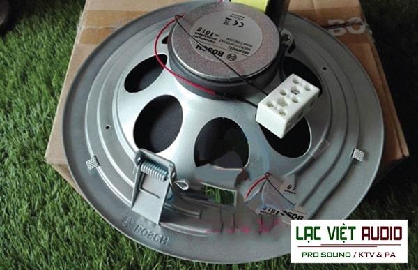 Củ loa nam châm và biến áp chất lượng cao của loa âm trần Bosch LHM 0606/41