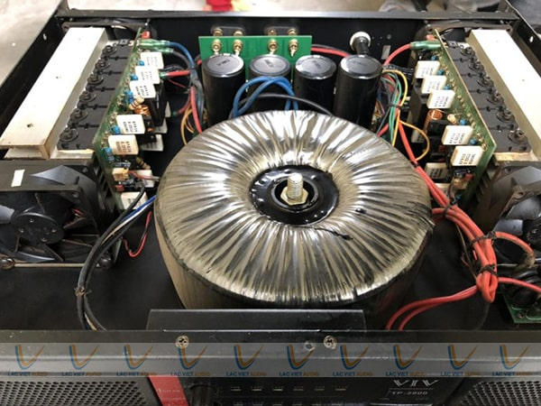 Chi tiết bên trong cục đẩy bãi VIV MT-2800