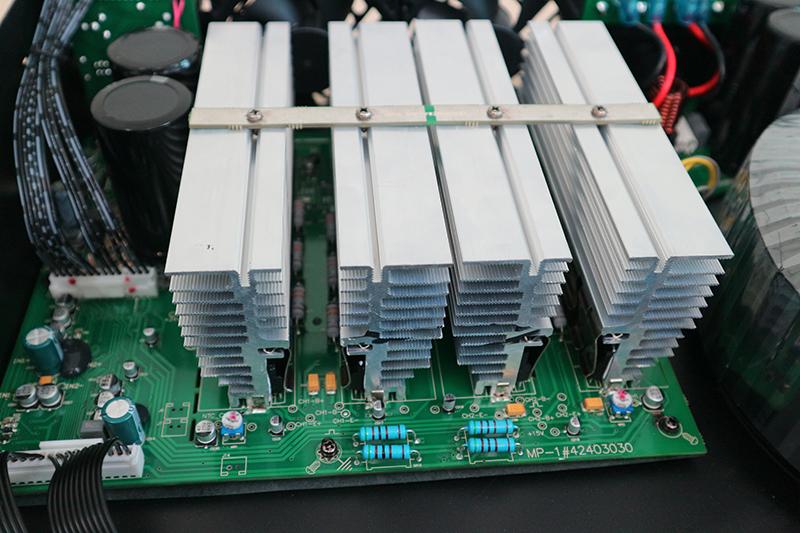 4 cụm tản nhiệt nhôm cho PTX 8002 làm việc cực mát