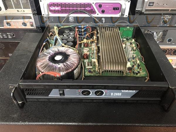 Đẩy bãi Vatasa V-2400 được đánh giá cao về khả năng khuếch đại âm thanh