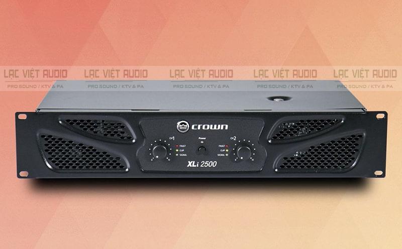 Cục đẩy công suất 2 kênh phù hợp với dàn loa karaoke gia đình