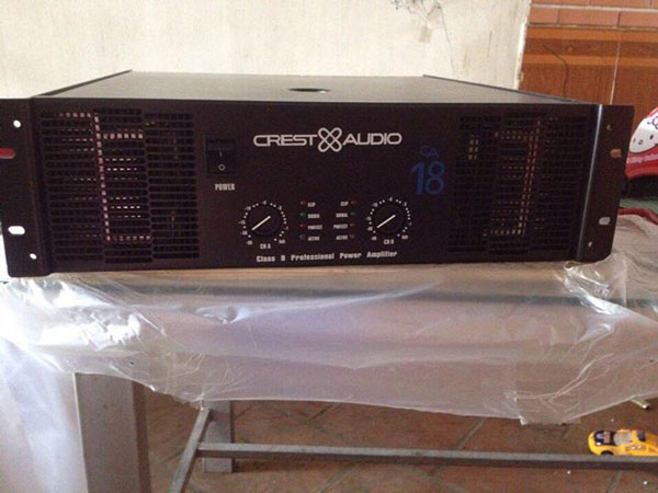 Cục đẩy Crest-Audio CA18 công suất lớn