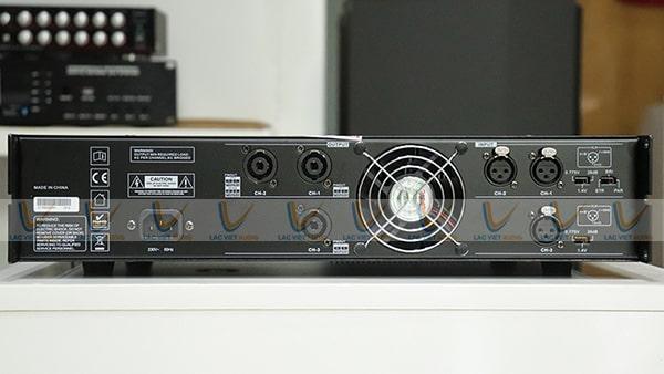 Thiết kế mặt sau của HOUS TC-3815