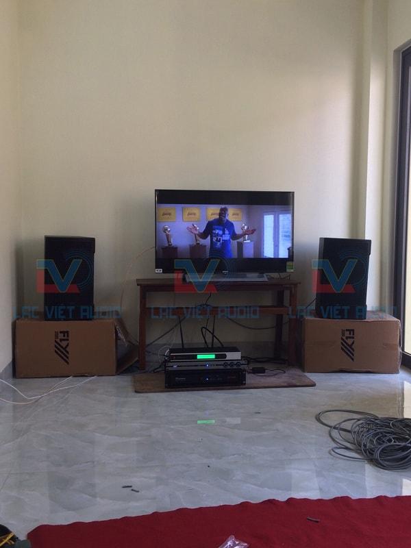Bộ dàn karaoke sử dụng loa FLY KR1001 chất lượng cao