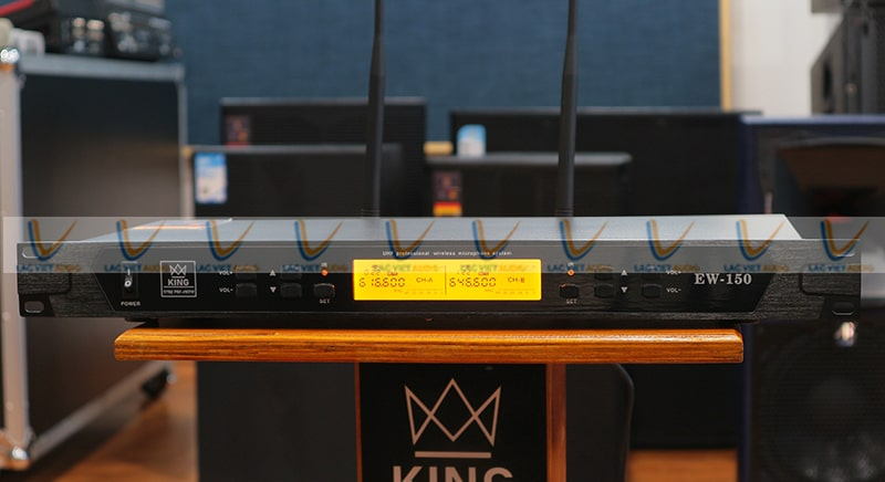 Đầu thu của micro King EW150 được thiết kế đơn giản gọn nhẹ