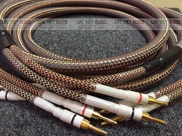 Dây loa xịn đảm bảo được khả năng truyền âm tốt và độ bền cao