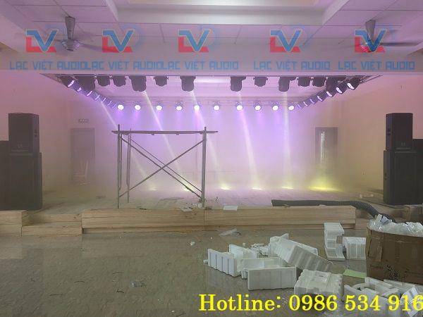 Đèn Moving beam 230 sử dụng cho sân khấu, hội trường