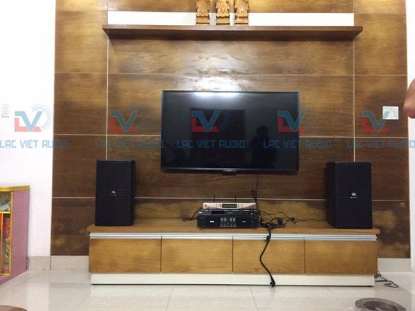 Loa JBL KP 4012 và hệ thống thiết bị âm thanh trung tâm