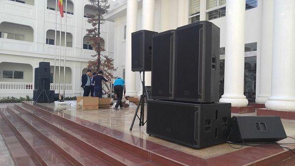 Hình ảnh kỹ thuật Lạc Việt Audio setup dàn âm thanh