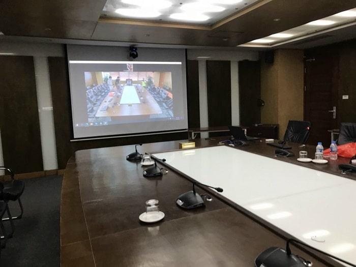 Thiết bị micro hội nghị chuyên nghiệp sủ dụng cho phòng hội thảo