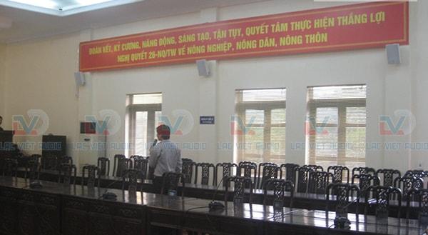 Lạc Việt audio đang kiểm tra lại hệ thống âm thanh