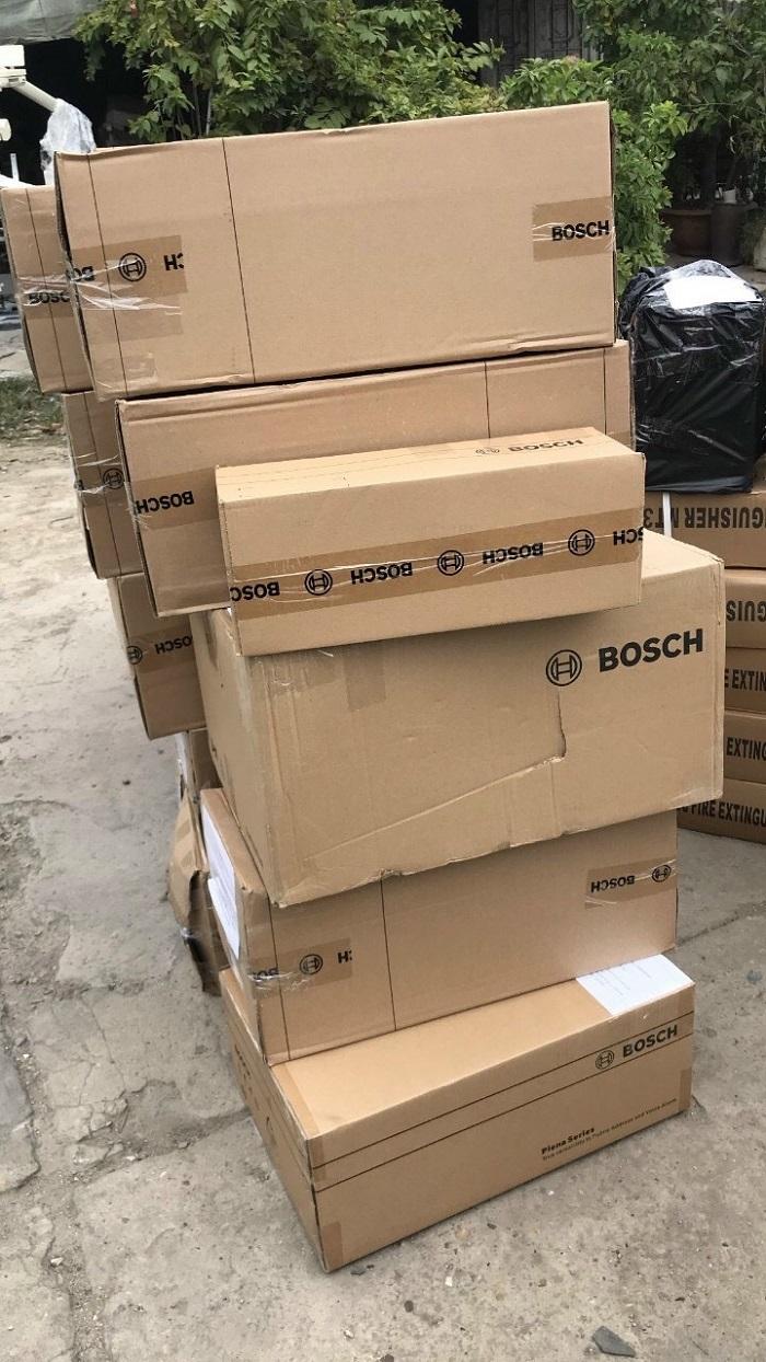 Hàng được Lạc Việt chuẩn bị để mang đến công trình lắp đặt