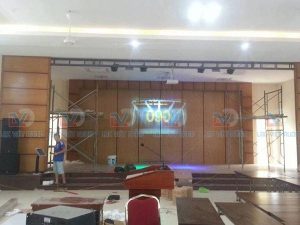 Hội trường của khách sạn, nơi tổ chức họp báo, sự kiện
