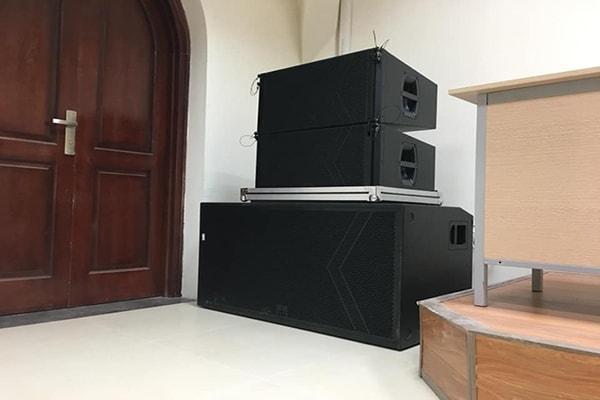 Hệ thống loa array